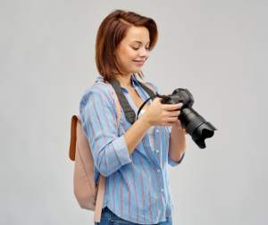 There are a lot of factors to choose from when selecting your professional camera.